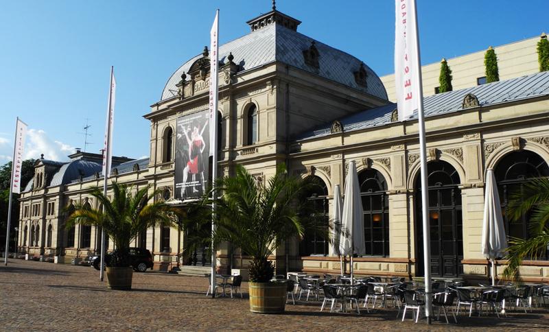 Schauspielhaus am Ernst-Schlapper-Platz